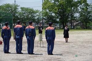 IMGP2159 生徒代表 お礼の言葉 生徒会長 3年 稲 ちひろさん