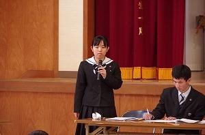 IMGP1985生徒会長挨拶 高3 稲ちひろさん