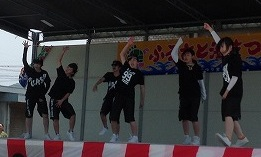 K-POPに乗せて踊っています