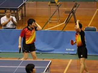 女子ダブルス 福山さんと鈴木さんの試合