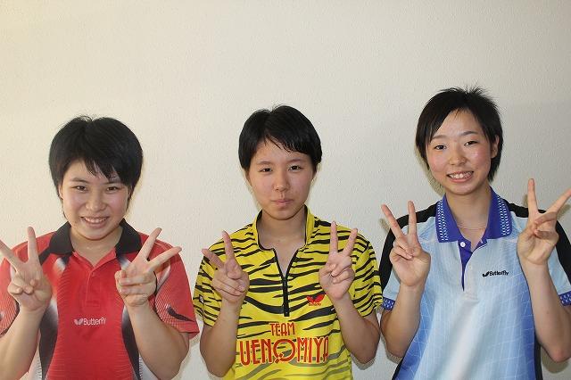 (写真左から)内野さん,鈴木さん,雲林院さん
