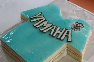 パティシエコースによるサプライズケーキ