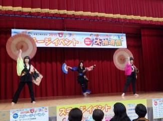 3年生によるダンス「恋椿姫」