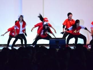 普通科芸術文化コース3年生も力強いダンスを披露しました