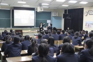 福永先生による講義の様子