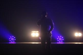 プロスタッフによる照明の演出確認