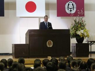 会員を代表して挨拶をされる仁木先生