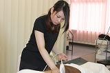 第11期生 小田眞菜美さんによる施術