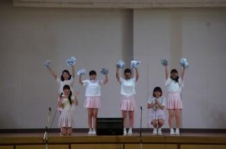 3年生による歌とダンス