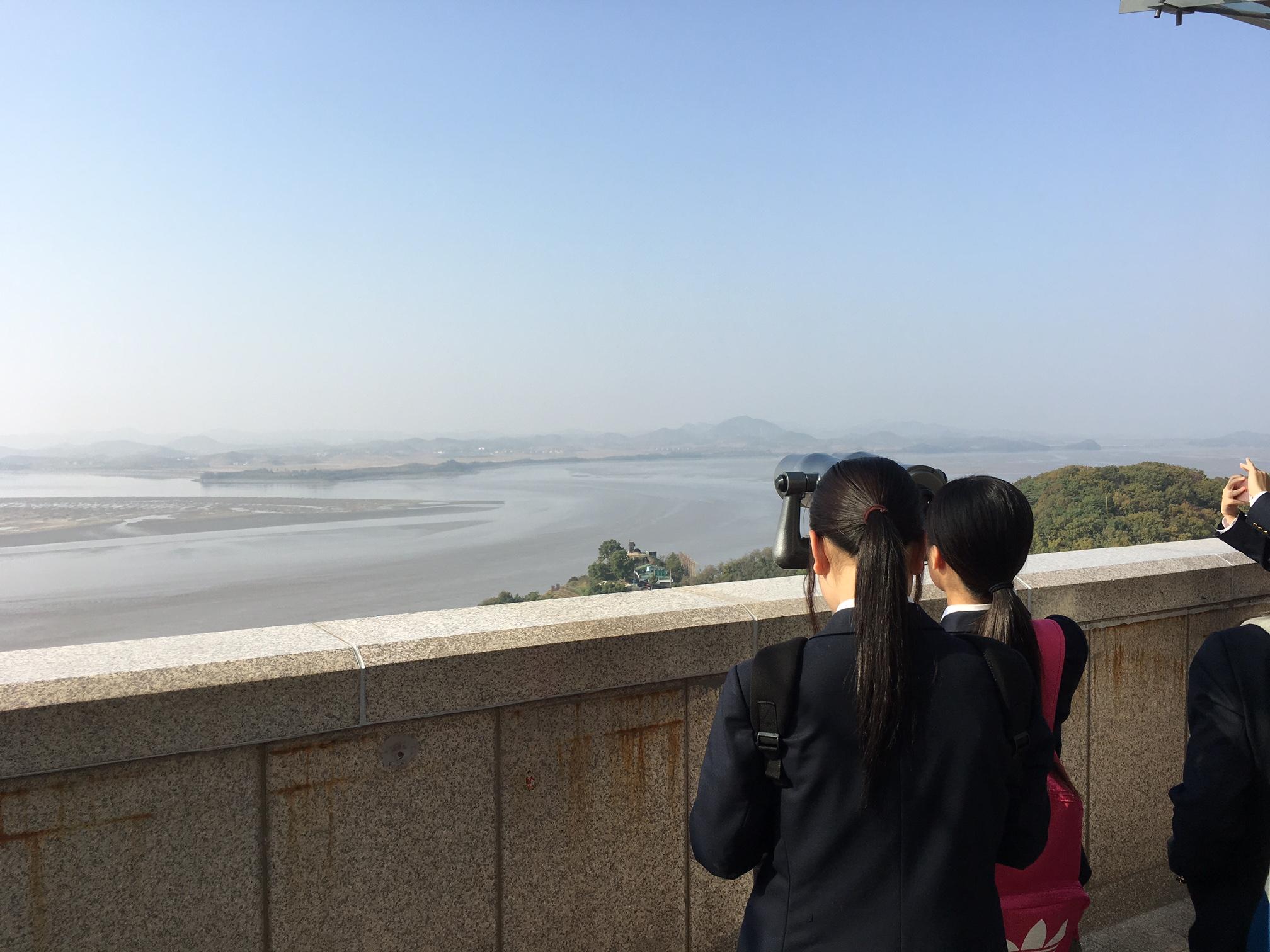 望遠鏡から見える北朝鮮