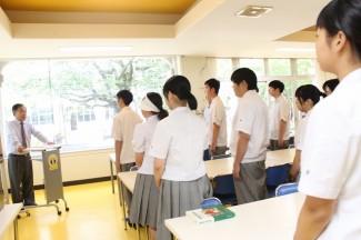 山下教頭先生司会のもと,合格祈願のための式が執り行われました。