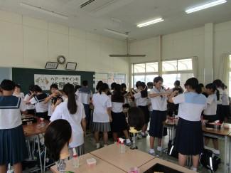 多くの中学生が参加されました。
