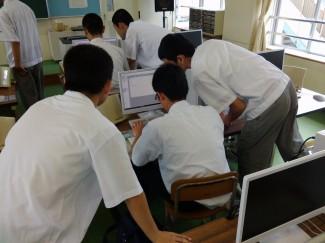 プログラミングの授業を体験しました