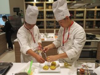 鹿児島の特産品のサツマイモを使った料理で臨みました。