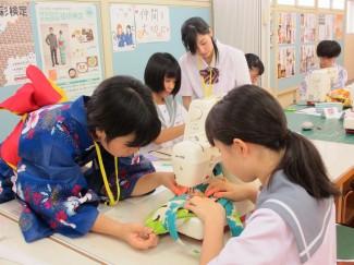 本校生徒がお手伝いしました。