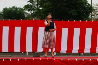 3年生の廣濱さんによる歌唱