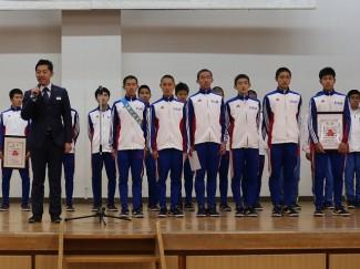 髙田監督が出場選手を紹介しました