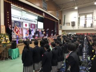 入学式での先輩による手話披露