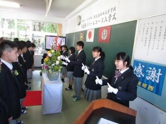 社会福祉科の生徒による手話