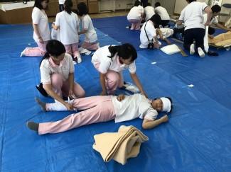 赤十字救急法講習①