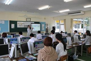 プログラミング体験授業の様子