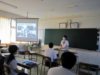 生徒による進学・公務員コース説明