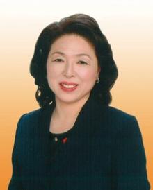 学校長 山崎洋子